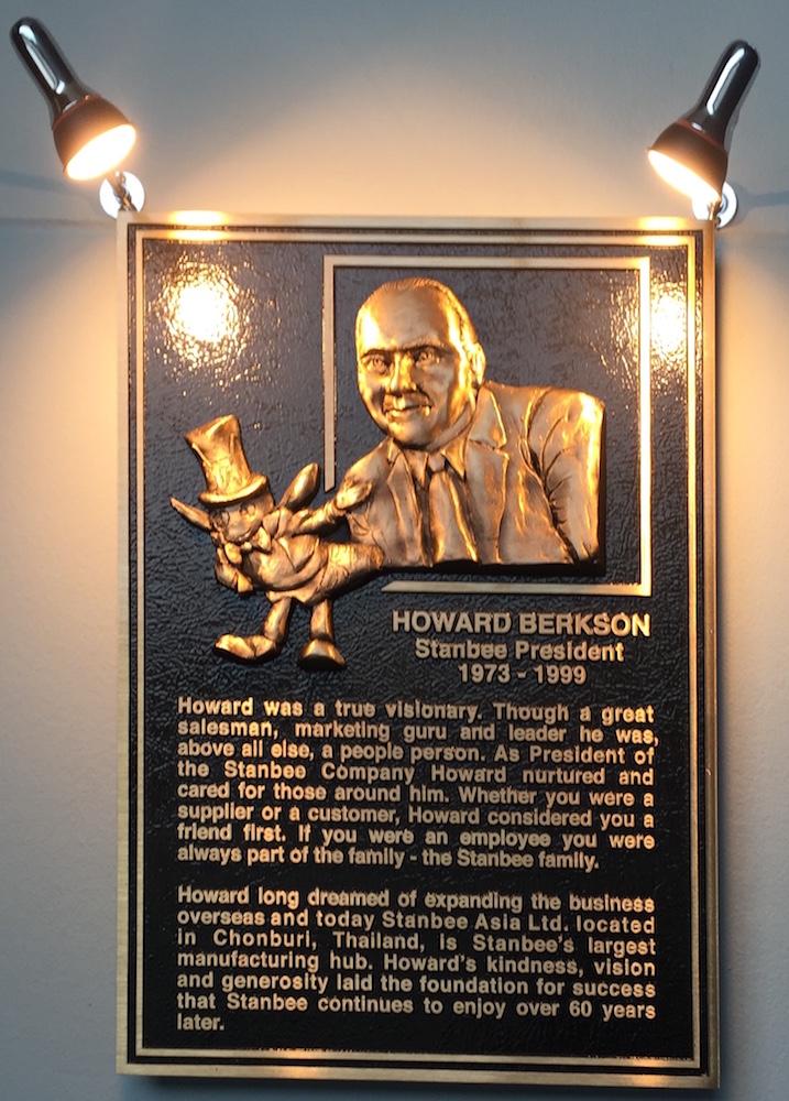 Stanbee HB plaque 1999